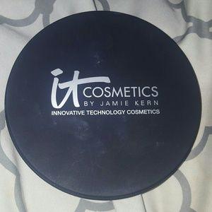 It cosmetics live, love,laugh vitality face disc